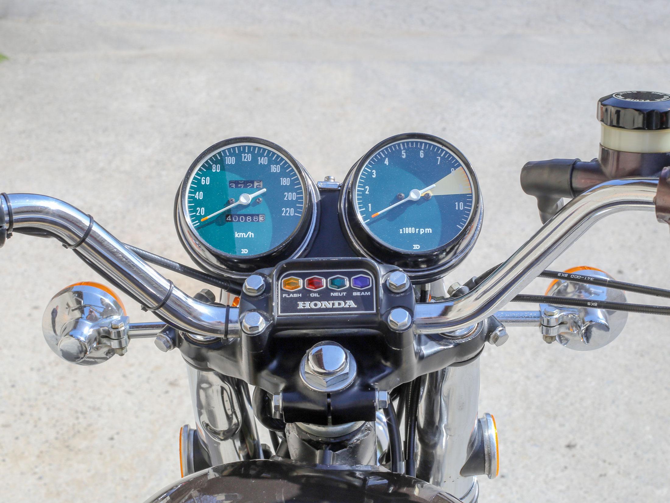 Honda_CB_750_09